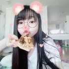 #吃秀##直播吃饭#直播吃东西##韩国美食#披萨吃起来😝😝😝过瘾