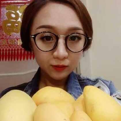 吃芒果啦!超级甜😋希望亲们多多支持点赞哦…谢谢啦😊#吃秀##吃芒果##吃水果#