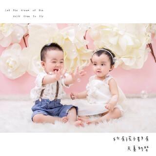 #龙凤胎兄妹俩# 所有孩子都有天真的梦❤️❤️ #最萌双胞胎#
