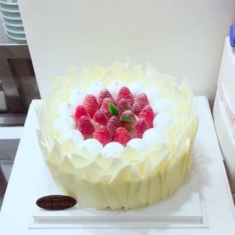 【做蛋糕的疯子cake♥️美拍】#美食##甜品##美食作业#你说盛开...
