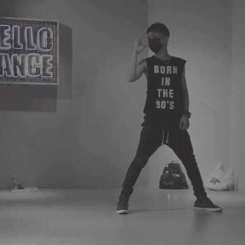 【严贤叙美拍】U乐国际娱乐来自CNBULE-Be OK#舞蹈##韩...