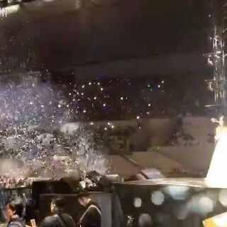 謝謝北京的朋友~范范演唱會下一站去濟南啦!期待看到大家⋯✊🏾✊🏾✊🏾