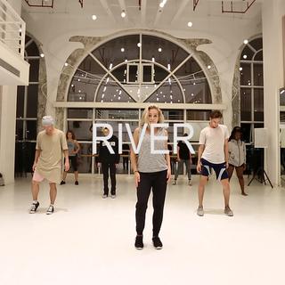 #舞蹈##river##jazzfunk#看到river就觉得是抽烟舞?来看看来自美国舞林争霸第11季季军Jessica的river编舞😍😍😍,喜欢到没边,接下来一周Jessica在SD还有一系列的workshop,位置有限,赶快约起来👻,官微:SouldancingStudio。友情提示:很虐😜😜😜