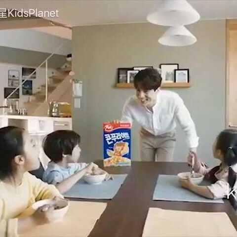 【宝贝行星KidsPlanet美拍】#广告##李东旭#+#KP童星#出演的...