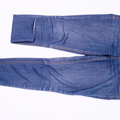 平庸牛仔裤变时髦,一起来做带货女王!#魔力时尚##时尚##牛仔裤#