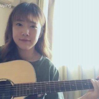 练了一下,不太熟,很喜欢的一首歌#下雨天##音乐##吉他弹唱#