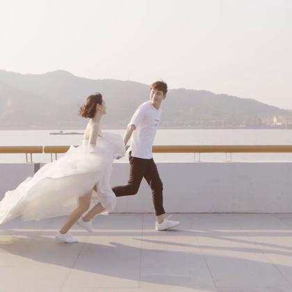女生最美的瞬间 就是穿上婚纱的那一刻#小情书##爱情##婚纱#