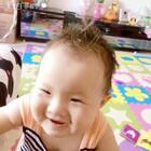 爱折腾的小胖妞节日快乐啊 这是宝贝过的第一个儿童节#宝贝10个月➕8天##身高75 体重10.7kg#记录下