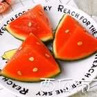 #食战高考##美食##甜品#西瓜布丁,🍉现在又是应季水果了!那么就试着做出一些新鲜的花样出来喔~最过瘾的当然是用勺子舀着吃,有木有同感~哈哈!@美拍小助手 @美食频道官方号