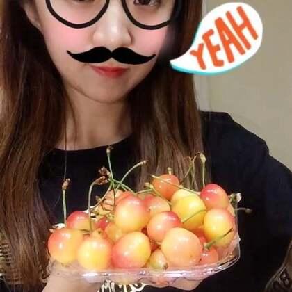 黄水晶樱桃 😊甜甜的 希望亲们多多支持点赞哦 谢谢啦😊#吃秀##水果##热门#