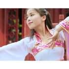 笑颜如花绽,玉音婉转流,中国舞教练班的这群姑娘再次演绎经典《红颜旧》。#单色舞蹈#导师张罗微原创#编舞#微信:danse120