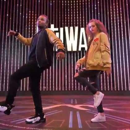 """Fik Shun & Dytto _ FrontRow _ World of Dance Live 2017 #舞蹈#"