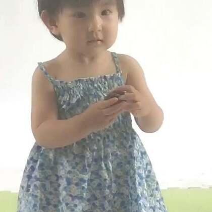 小小模特~蒙牛奶粉广告的试镜。果果要去旅游了,竞争激烈,选上再说吧。亮眼睛#宝宝#
