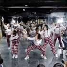 @嘉禾舞社雍紫竹桥店 面包老师@Anpanman-Me Red Bean - 嘉禾好舞者 vol.9 | 想学最好看最流行的舞蹈就来嘉禾舞蹈工作室。报名热线:400-677-8696。微信:zahaclub。网站:http://www.jiahewushe.com #舞蹈# #嘉禾舞社# #嘉禾#
