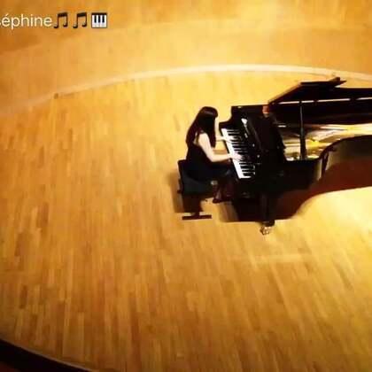 其他曲子太长了,上传美拍太慢了,这曲子之前也给大家演奏过了,但是视频最短,就给大家看这个视频吧,这就是巴黎著名的cortotU乐国际娱乐厅