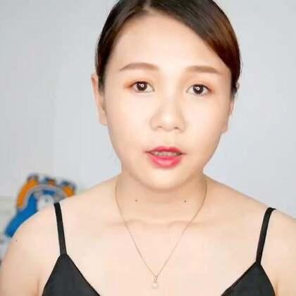 <Sunny美妆> Sunny用过众多一线品牌的唇膏, 但是特别喜欢的还是阿玛尼的唇膏, 无论是哪个系列的,都是特别好用! 但是皮肤偏黄的我,并不是所有色号都适合的! 所以这次特别分享的,就是我手上有的几个色号!!!! 专门拍了个视频试色给乃们看看!!