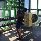 20KG双壶铃Jerk 做组训练,做肩屈的关节灵活度还不够 还要多加练习[抠鼻]