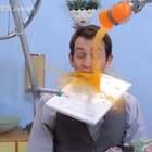 因为蝴蝶效应,一块面包闯了很大的祸#歪果仁真会玩##搞笑##我要上热门#