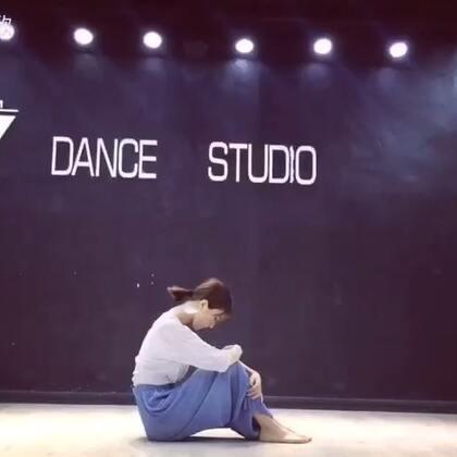 #舞蹈##24小时都不够##我要上热门# 喜欢的话多多点赞哟