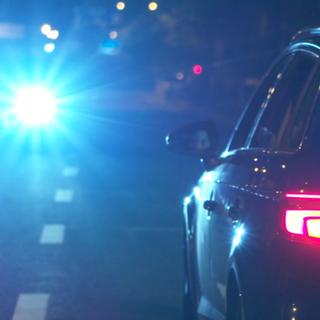 实测:乱开远光灯对司机的影响到底有多大?#远光灯##司机##汽车#