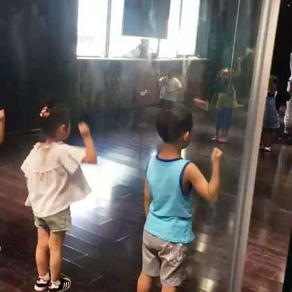 嘉禾舞蹈工作室西安未央店!这个暑假就该这样过!😏😏😏#热门##西安街舞##嘉禾舞蹈工作室#