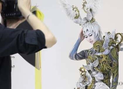 #大连蒙妮坦形象设计学校##人体彩绘#大连蒙妮坦化妆学校老师打造整体人体彩绘造型作品,作品灵感以圣洁的天使为主题,发饰、服装、雕塑、彩绘、化妆、喷枪综合的打造整体造型作品。