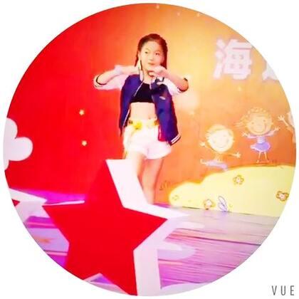 周末无聊上台比比赛 练练舞 乐哉#舞蹈##宝宝#魏艺萱