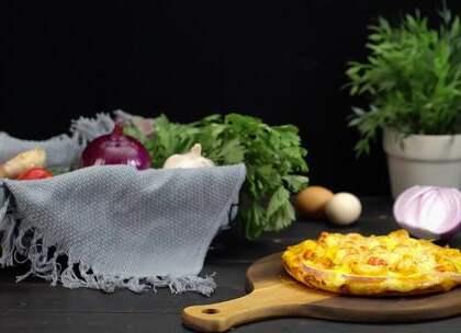 网红小龙虾披萨大揭幕,简直好吃到飞起#魔力美食##小龙虾##披萨#