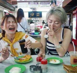 史上最低价的米其林星级餐厅,25块吃到饱,食客爆满!2分熟生鸡蛋让粉妞妞吃到生无可恋!#hi走啦##带着美拍去旅行##我要上热门#@candy粉妞妞@小吉利Jelly