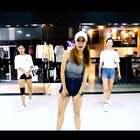 #shining beyonce##舞蹈##敏雅音乐#😘弹跳的腿 超爽的舞 素湖🎇🎇🎇🎇