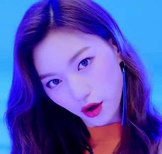 #U乐国际娱乐##舞蹈#Weki Meki 위키미키 - I don't like your Girlfriend MV #WEKI MEKI# 佑贞和度妍出道啦💪