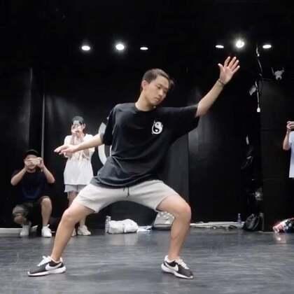 嘉禾舞社 Franklin Yu 2017 Beijing Workshop - Ocean Eyes | 想学最好看最流行的舞蹈就来嘉禾舞蹈工作室。报名热线:400-677-8696。微信:zahaclub。网站:http://www.jiahewushe.com #舞蹈# #嘉禾舞社# #嘉禾#