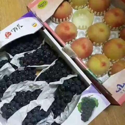 【茜茜在韩国👪美拍】葡萄习惯了打成汁😂😂因为一个一...