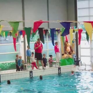 游泳B证考试中,第一部分!👍😜😅