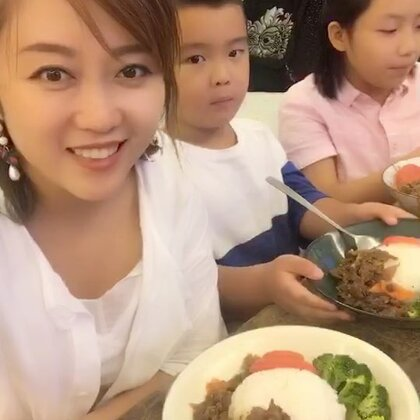 #美食##地方美食#现在知道才知道.儿子最不爱吃的青菜之一有西兰花😂关了视频后你们是没看到他吃的眼泪都快掉出来啦.