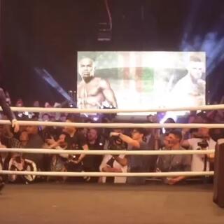 #UFC##WBC##拳击##自由格斗# Conor McGregor vs. Floyd Mayweather 8月26日世纪之战,即将开打