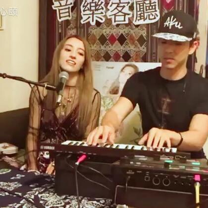 "@Dawen王大文 版本的""没有绝对""大家喜欢吗?希望可以下次再回来音乐客厅玩玩喔!http://bit.ly/DoubleExposureCampaign"