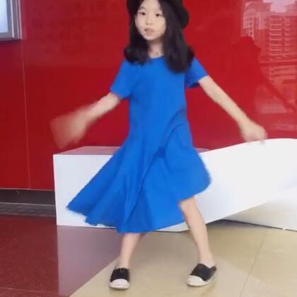 你跳的什么舞😂#宝宝##宝宝舞蹈##美拍有嘻哈##我要上热门#