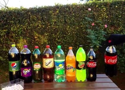 哪一种饮料的底气最足?看完这个小实验你就知道了.
