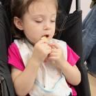 #小团子#饼干啃着啃着竟然睡着了😅#搞笑宝宝##萌宝宝#