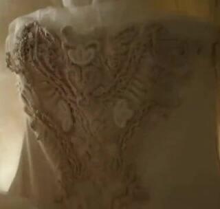 #反手点赞#看到这个高冷的风格,就应该猜出来这是哪个婚纱品牌的宣传片了吧?#自带视频特效##厦门婚纱摄影#