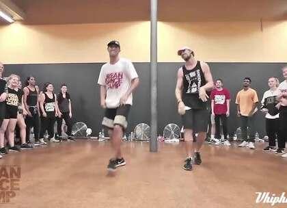 【vhiphop.com】Matt Steffanina & JB 编舞 Mi Gente | 精彩舞蹈视频尽在http://vhiphop.com #舞蹈# #vhiphop# #唯舞#