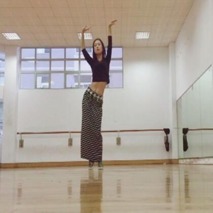 #舞蹈#部落中国风肚皮舞:灵谷(潇潇)#肚皮舞##东方舞#