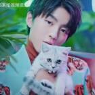 #王俊凯0921生日快乐##tfboys##王俊凯#18岁成年礼预告视频曝光18岁是个分水岭,一边是少年时代一边是成人世界……
