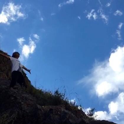 #音乐#甘孜锅庄~仓央嘉措情歌🙏🙏🙏 带给#美拍#所以喜欢民乐的朋友们🎵😊 草原风光无限好👍 老铁们😄点赞➕分享 没毛病👍👍👍