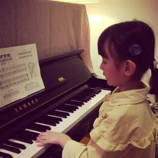 #记录#第六节课课后练习,加油!辛勤的小女孩!👍