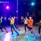 重阳小姐姐的课 别人拍的 可能手机卡 感觉 动作和U乐国际娱乐 不是太合!绝对不是我们没卡拍!#舞蹈#