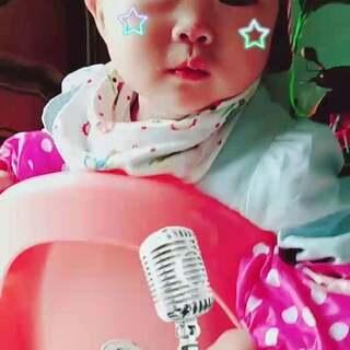 宝宝现在十个半月啦☺#宝宝成长日记#