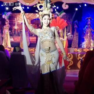 @美拍小助手 #泰国之旅##泰国人妖#哇,比女人还柔美!