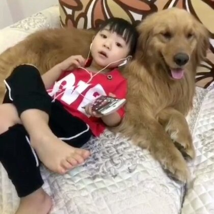 枕着坦克唱歌#宝宝##宠物#@美拍小助手